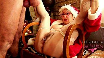 Vends ta culotte - Mere Noël et son lutin branleur - cunni pour Lady Bitch Mary