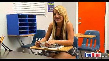 Perfect Schoolgirl pussy 10 5 81