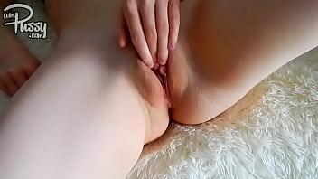 Beautiful pussy rubbing