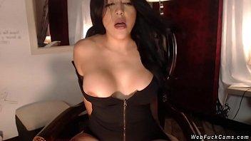 Msn sluts Busty amateur slut toying on webcam