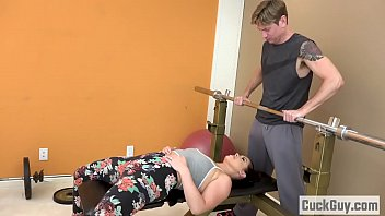 Cheating Wife Fucked by Her Gym Trainer 6 min