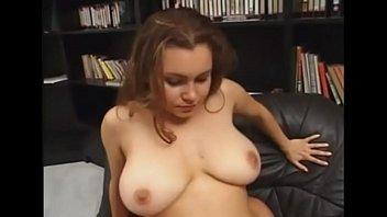 Young Girl With Natural Tits - BIGNATURALS69.COM
