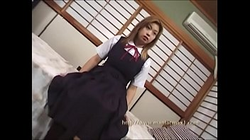 School girls, Yuna Anzai Part 1 I can not wait for an inexperienced expression.