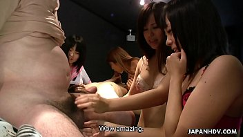 Asian club Yuri sakura and her hostess friends suck and tug cocks