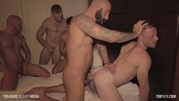 [TIMFUCK] Saxon West 7-man gangbang WITH CUMSHOTS