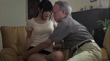 Japanse schoonvader geneukt schoondochter (Zie meer: shortina.com/NC8ku) thumbnail