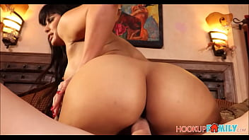 Sexy Juicy Ass Latina MILF Stepmom Seduces Stepson