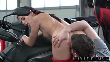 Petite Brunette Kate Rich Rides BF Cock In Sensual Fuck - S37:E3 12分钟
