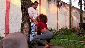 Adriana bombom tgp - Mulata gostosa transando com amigo