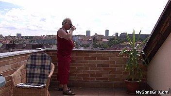 Older man fucking y. woman from behind thumbnail