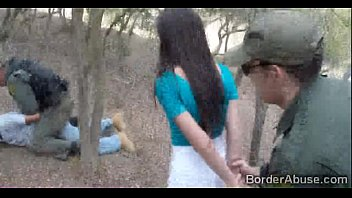 BorderAbuse-8min-16-11-2015-Pale Cutie Banging on the Border  720p-1 8分钟