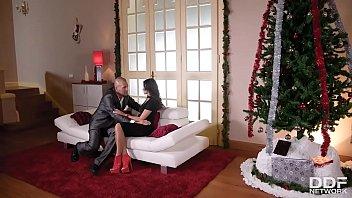 Alyssia Kent (Merry Xmas Stuffing)