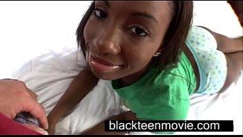 Cute ebony teen with a nice butt in hardcore black sex video สาวผิวมืดบอกเลยว่าแจ่มมากๆ