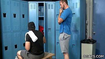 "Mature gays having fun in the locker room <span class=""duration"">7 min</span>"