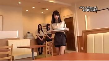 Sexy Waitress Yuki Seijo 95 sec