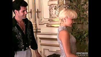 DP Orgy with Eva Bond and Nicolette 5 min