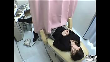 Clip sex ~羞恥の内診台診察 26歳の主婦ユウコさん ~ 婦人科診察のすべてFile02-C