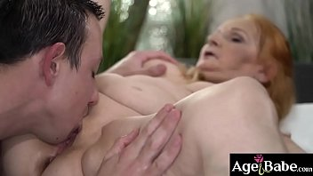 Spoiled Granny Marianne moans as she was being licked and banged