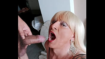 Neighbor arrives dying to piss in my mouth and then beat the hell out of this bitch! I love being a. by a hungry male!!