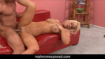 Amber Kentucky: It's Finger Lickin' Good!
