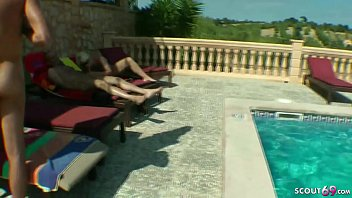 REAL GROUP SEX OF GERMAN MILFs with Guys at Pool in Holiday 10 min