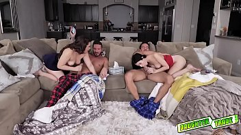 Alex Coal and Kimber Woods decide to suck their dads!