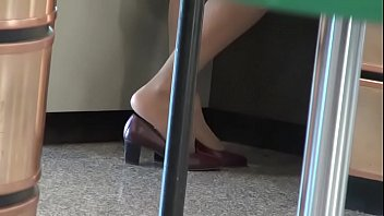 CANDID SHOEPLAY HOSTESS AIRPORT 76 HD