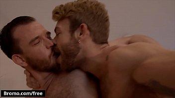 "Hairy Muscular (Gabriel Phoenix) Sucks (Franky Foxs) Dick Drilled His Ass - Bromo <span class=""duration"">11 min</span>"