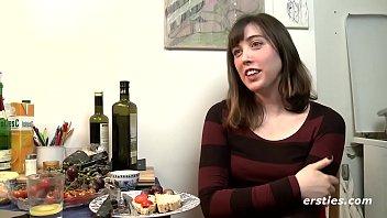 Frisky Fiona Works Hairy Pussy with New Dildo Porno indir