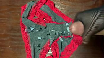 Moms used panties (discharge)