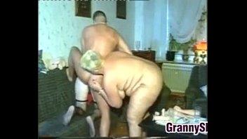 Kinky Old Women In A Classic Threesome