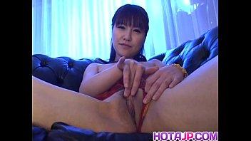 Misuzu Imai fingers her aroused love box