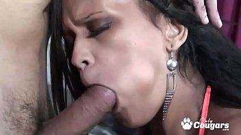 Brown strippers cumshot - Exotic milf syaane simmons services a white boys long dick