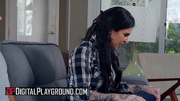 (Ricky Johnson, Joanna Angel) - Parallel Lust Episode 1 - Digital Playground