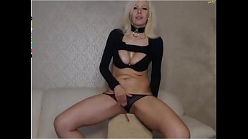sexy WhiteQueen888 doesn like Russian beggars guys