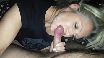 hanysy hot 43 year old milf is doing a blow job cum in mouth 8分钟