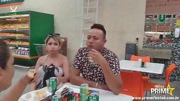 Bukakke Mirella Mansur Na Praia de Abricó Levando Porra a Galera vai a Loucura completo No Red !!! thumbnail