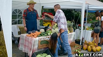 Farmers fucking - Farmers wife eva lovia bangs in the market