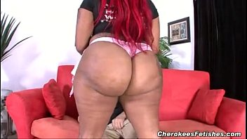 Monroe Sweets hugeass giving a blowjob to white cock