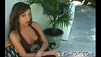 Curvy sweetheart smoking naked