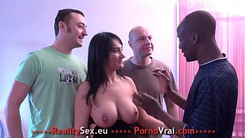 Gros seins Gang-bang Sodo et Double penetration ! French amateur