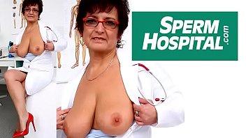 Czech mom Gabina is dirty nurse 6 min