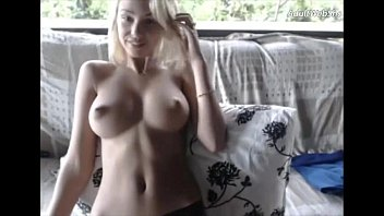 Busty corp on youjizz - Great body on cute blonde - adultwebshows.com
