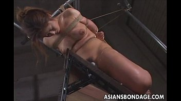 Japanese babe bond and dildoed - 69VClub.Com