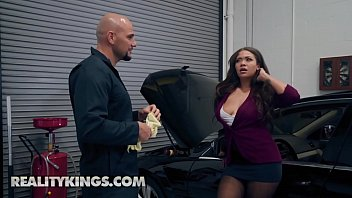 Sneaky Sex - (Cassidy Banks, Jmac) - My Mechanic Fucked My Wife - Reality Kings