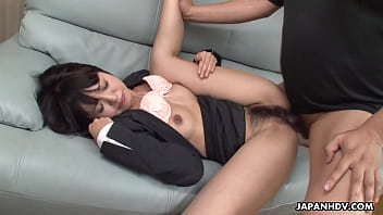 Japanese babe, Kotomi Asakura was squirting, uncensored