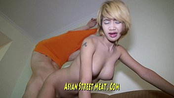 Philippines Entertainer Restrained In Tort Ture Room 12分钟