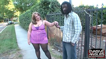 EVASIVE ANGLES House of love BBW - She is  hungry 11 min