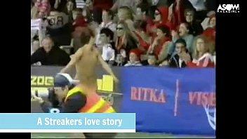 Streakers sex love