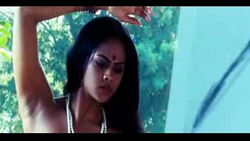 Actress Vasundh ara Hot In Makara Manju ra Manju